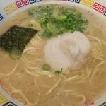丸星ラーメン - 料理写真:ラーメン450円