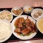 11605887 - ランチ豚角煮セット650円