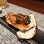 旬鮮炭火焼 獺祭 - 厚岸昆布森生牡蠣