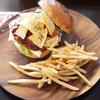 ホームメイド - 料理写真:メキシカンバーガー(¥800)
