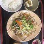 雷電 くるみの里 - 肉野菜炒め定食