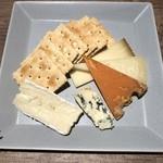 116065108 - チーズ盛り合わせ