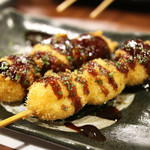 本格炭火焼き鳥&博多もつ鍋 串たつ - 「うずら玉子フライ」ソースが濃い