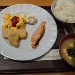 the b 赤坂 -