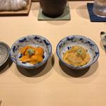 116072587 - 赤ウニとバフンウニの食べ比べ。寿司屋のウニが一番美味しい。