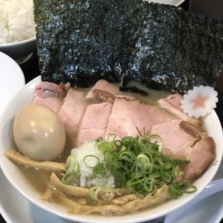 まぐちゃんラーメン - 料理写真: