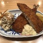 夜ノ焼魚 ちょな - アジフライとポテトサラダ