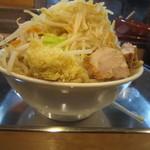 麺場 七人の侍 - マウンテンな盛り(特盛りは茹で上げ時麺が1㌔)