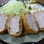 佐渡 - 料理写真:豚ヒレカツ定食¥1290大盛\50