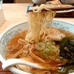 ぎょうざの満洲 - ぎょうざの満洲@久喜西口店 満州ラーメン 麺リフト