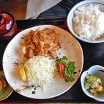 食事珈房 はしら - 生姜焼定食
