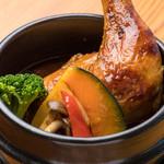 愛犬の駅 - 静岡県産地養鶏の熱々石鍋スープカレー