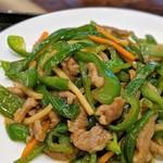 中華料理 萬珍館 - チンジャオロース(選べるランチ)