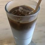 エンバンクメントコーヒー - アイスラテ 550円