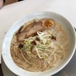 中村屋 - 料理写真:あっさり豚骨 600円