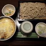 日本蕎麦 一成 - かつ丼とせいろ蕎麦¥1,140