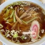 萬来軒 - メンマと小松菜と隠れチャーシューw