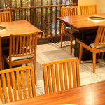 やきにく 三芳 - テーブル席