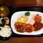 洋食 キャベツ - Aセット 940円
