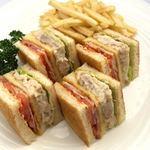タワーレストラン昭和 - アメリカンクラブハウスサンドイッチ