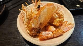 ぶえんもゆかり - 海老の唐揚 お刺身を食べ終わる頃に揚げてくれるサービス