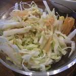 びぃcafe - ミニサラダは白菜の千切りが沢山^^シャキシャキが良い感じ。♪