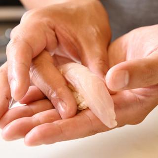 豊洲市場で毎日仕入れ◆一貫79円から楽しめる、自慢のお寿司
