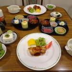 北軽井沢 ブルーベリー YGH - 料理写真:夕食