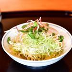 天青 - 【天丼@1,500円】サラダ