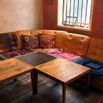チャムアパートメント - 一番奥の広々したソファー席でマッタリ♥