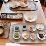 Buffet & Cafe GINZA SAI -