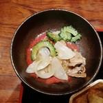 116192388 - 豚バラとゴーヤの塩だれ炒め。ランチの中で最もおいしかったメニュー。肉と油脂の旨味が濃くて、良かったです。