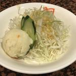 Dhuetto - セットのサラダ