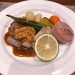 香味亭 - 料理写真:日替りランチ 900円