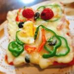 カフェ ドゥ ラ シュミネ - 料理写真:ピザトースト