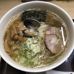 116216402 - 魚醤ラーメン こってり味 大 細麺