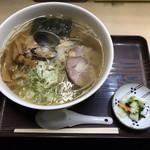 116216403 - 魚醤ラーメン こってり味 大 細麺