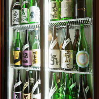 ◆希少銘柄あり◆厳選した各地の日本酒、常時50種以上