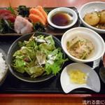 創作家庭料理 Dining禅 - 刺身三種盛合せランチ御膳