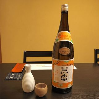 日本酒は女将が目利き厳選仕入れ。季節に合わせた銘柄も!