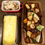 Sapporo Cheese House Mero. - 卓上ラクレットチーズフォンデュ 旬の具材セット