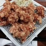 東京餃子軒 - 料理写真:MEGA盛りユーリンチー定食 880円(税別)