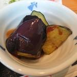 海望 - ・カニ雑炊には揚げナスも付き