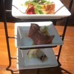 丸バル 北海道食市場 丸海屋バル - 前菜三種盛り合わせ