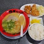 天下一品 - 料理写真:唐揚げ定食(920円)