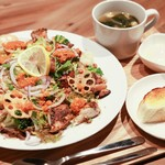 ジ オールド ティッコ コーヒー ダイニング - 一皿で大満足◎ボリュームサラダセット