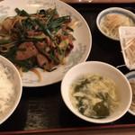 中華料理 豊楽園 - ニラレバセット