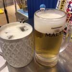 タイ屋台 999 - シンハー生ビールとドラフトアイス