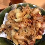 藁焼きと茶碗蒸し 西新橋魚金 - 雲仙ハムと茄子、シメジの搔き揚げ