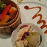 116274991 - 蒸し野菜とザーサイ、よだれ鶏